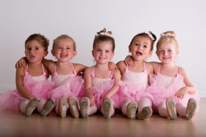 Twinkle Tots (ages 2-3)